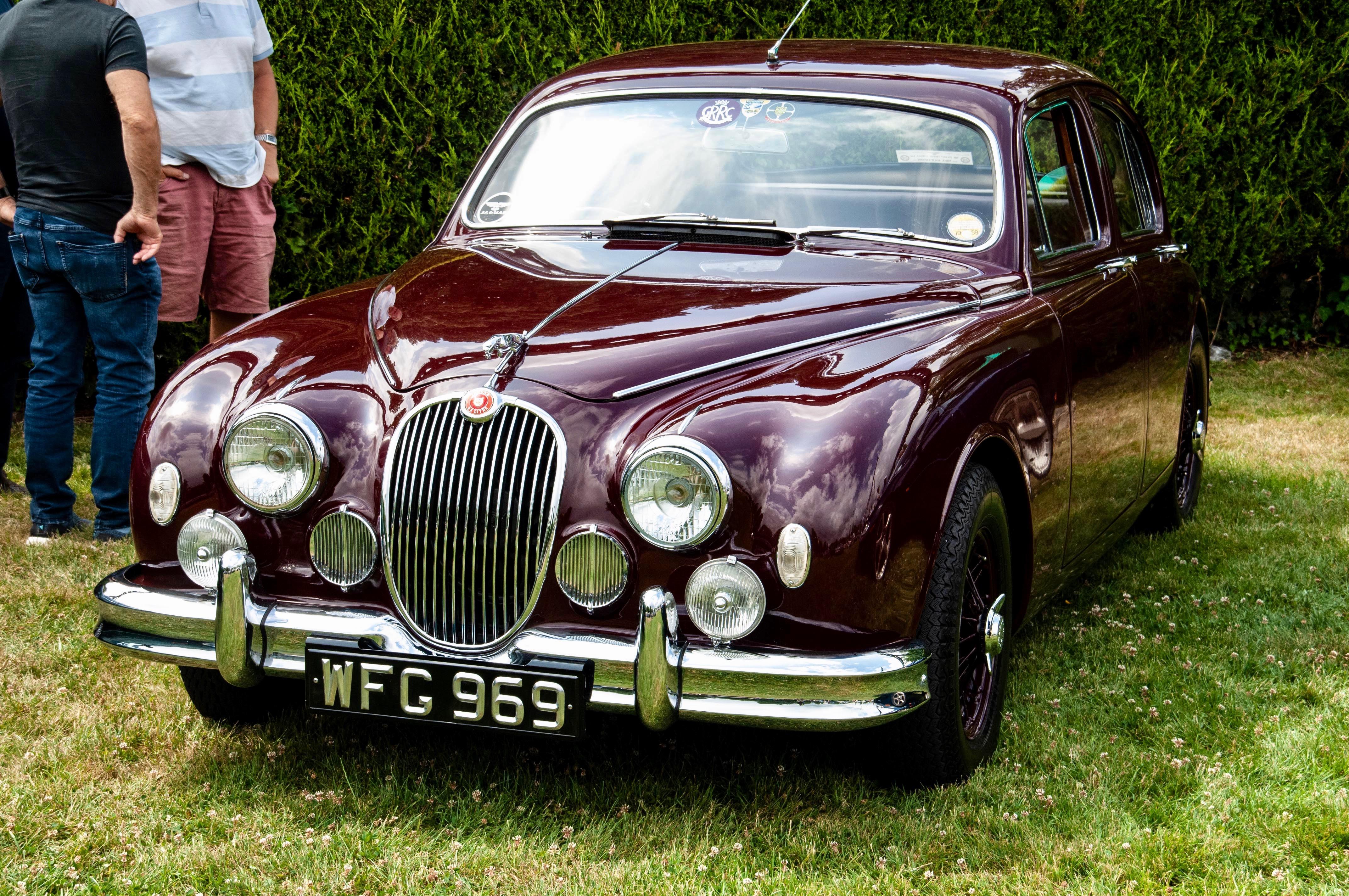 Simply Jaguar, Jaguars pounce on showcase at Beaulieu, ClassicCars.com Journal
