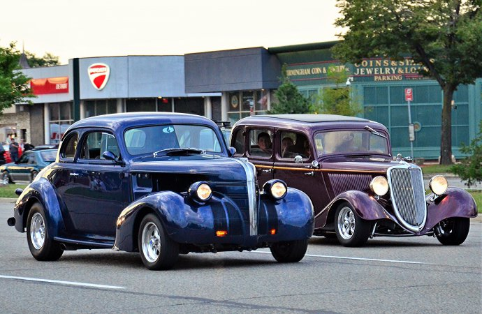 Woodward Dream Cruise hosts drivers and dreamers