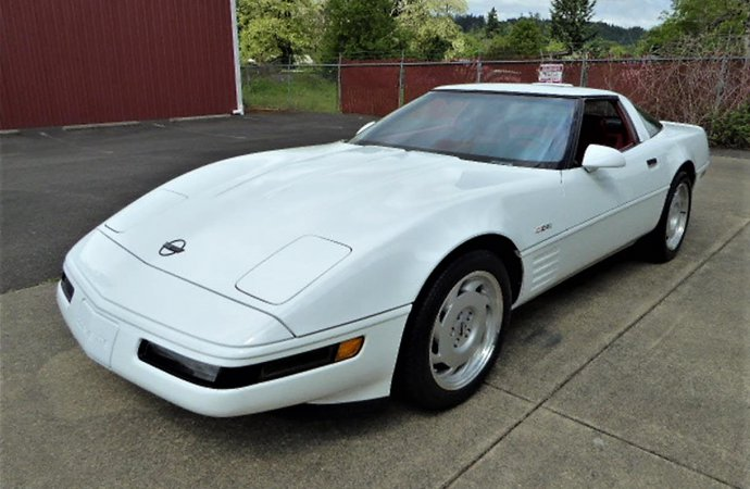 Power, rarity and affordability: '92 Corvette ZR1 still 'King of the Hill'