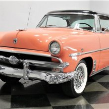 Top-drawer 1953 Ford Crestline Victoria hardtop