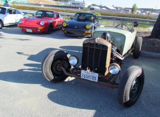 Laguna Seca presents coffee and cars on the eve of vintage racing weekend
