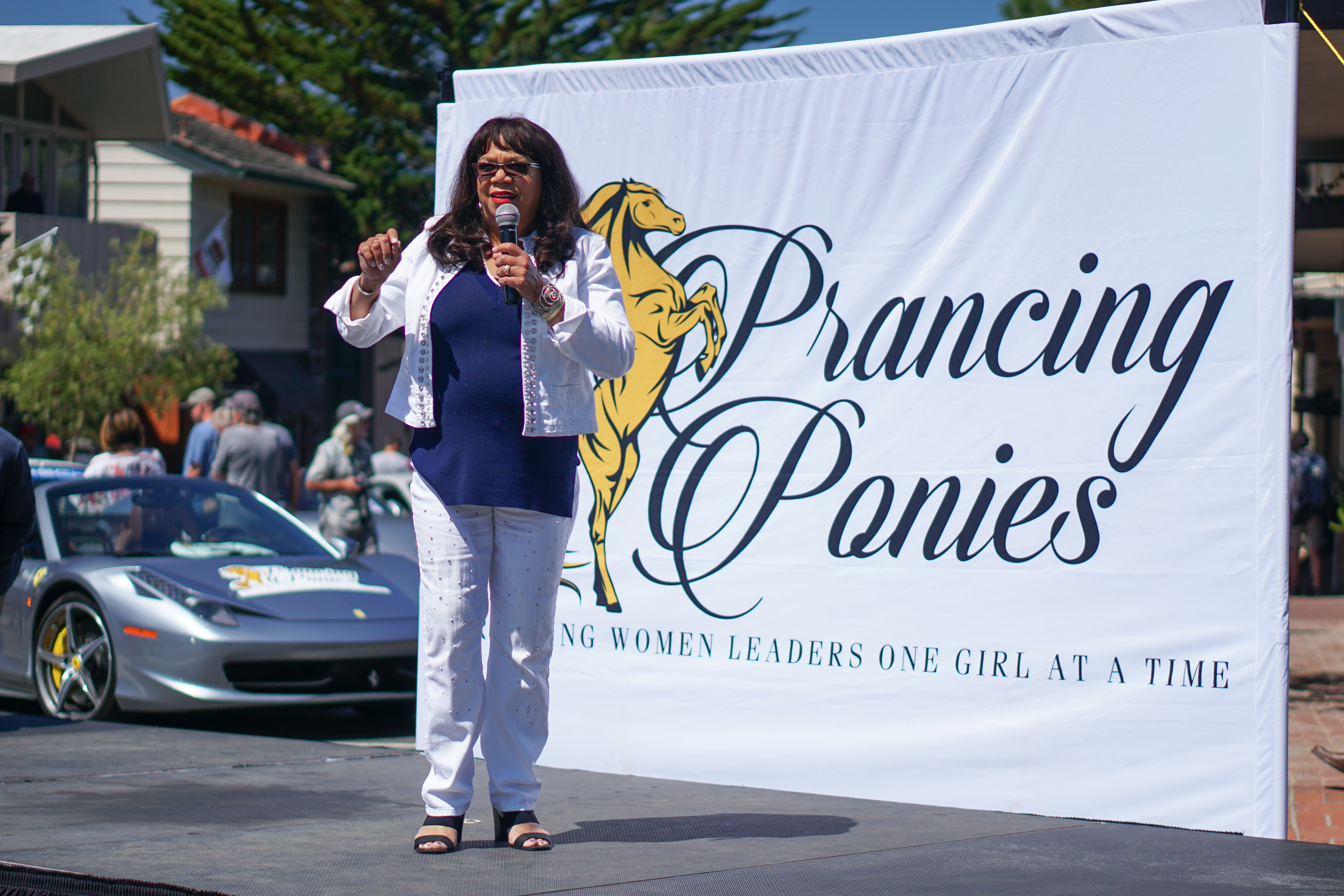 Bettye Saxon of AT&T Communications tells her career story at the Prancing Ponies show