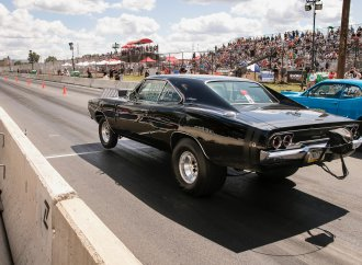 Legal drag racing on Woodward Avenue draws thousands