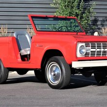 Open-top, doorless 1966 Ford Bronco U13 Roadster in restored condition