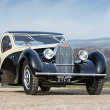 Star car sells pre-auction, but Bonhams still does $13.7 million at Goodwood Revival