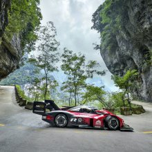 VW shows video footage of record run up Chinese mountain