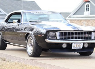 Camaro Z28 duo headlines Mecum's Louisville docket