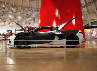 C8 clay model, powertrain test car go on display at Corvette museum