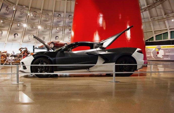 C8 clay model, powertrain test car go on display at Corvette museum