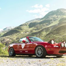 Vintage Miata claims record for most hairpin curves in 12-hour drive