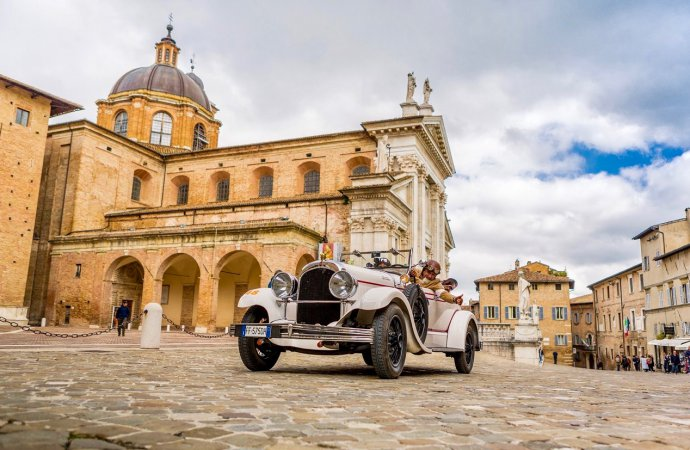 Historical 1000 Miglia sets dates, limits participants