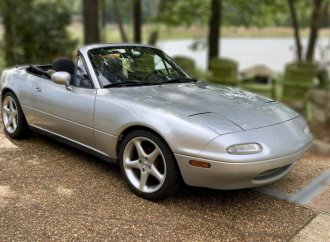 Mazda expands list of 1st-gen Miata parts available for US drivers