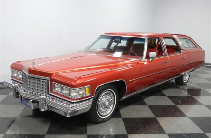 Cadillac didn't build station wagons in 1976, but someone did