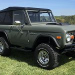 7561257-1974-ford-bronco-std