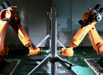 Nissan teaching robots to make new parts for vintage vehicles