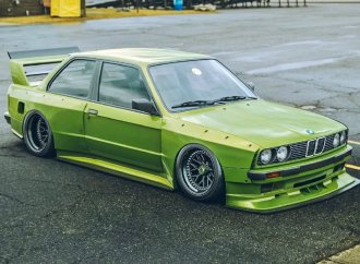 1988 BMW E30, 1970 Dodge Challenger get Meguiar's SEMA showcase