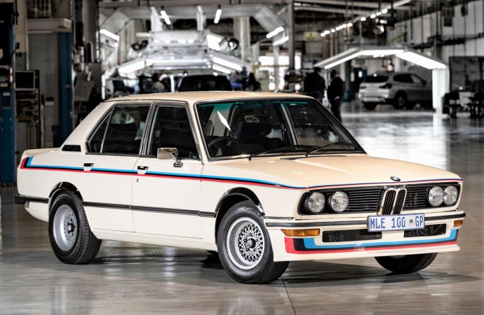 BMW unveils its fully restored 1976 BMW 530Motorsport Limited Edition