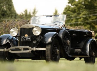 Interwar cars highlight Bonhams sale at the Simeone