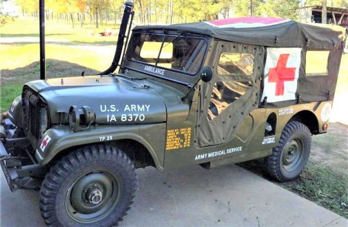 'Military hero' 1955 Willys Jeep ambulance restored to Army spec