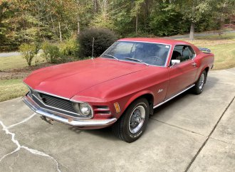 Father's '70 Ford Mustang still 'runs beautifully'