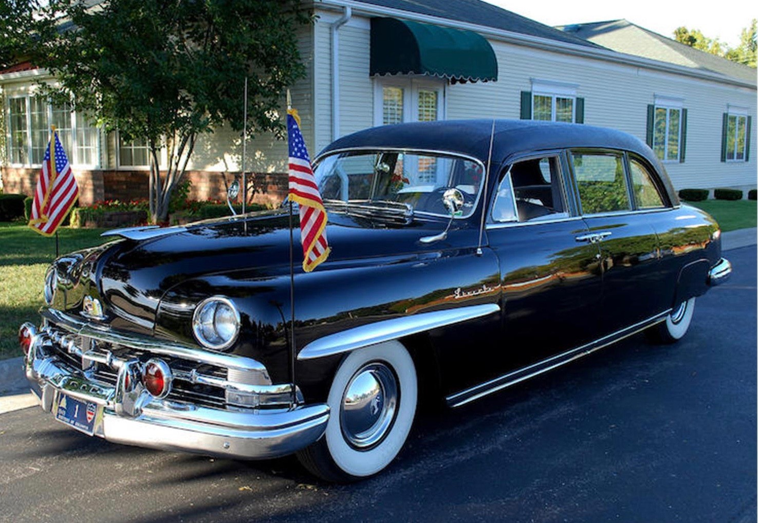 Harry Truman's 1950 Lincoln limo for sale