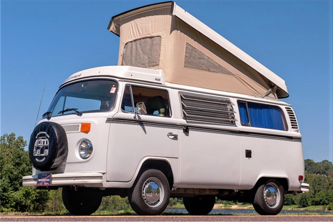 Bay-window 1975 VW Type 2 Westfalia camper for getting away from it all