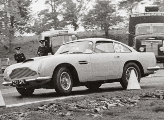 1 of 9 Aston Martin DB4 GT Lightweights going to auction