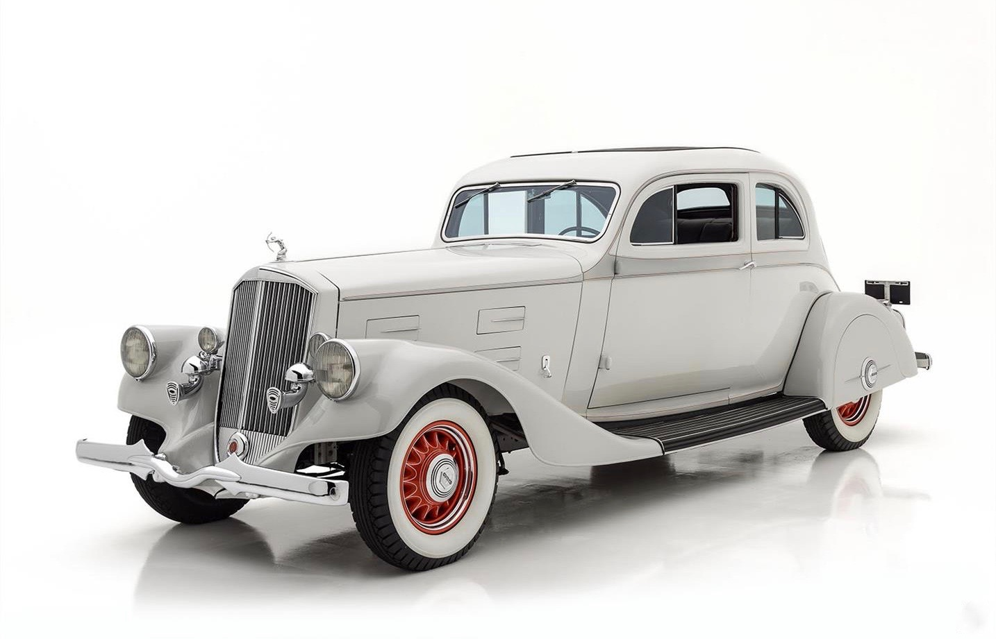 1934 Pierce-Arrow was based on stunning early concept car