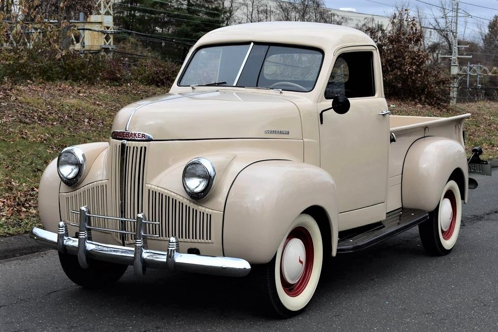 Post-war pickup, 1946 Studebaker M5 brought back to factory condition